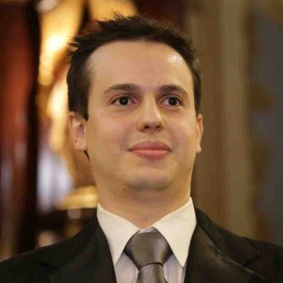Raphael Elmadjian Pareschi